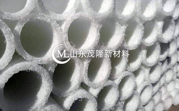 白色塑料盲沟产品演示图1