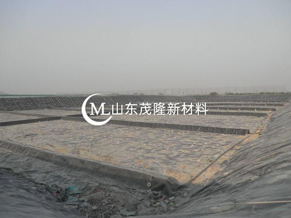 土工膜的厚度规格