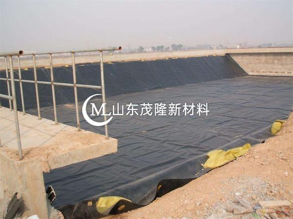 土工膜具有很好的反滤隔离功能