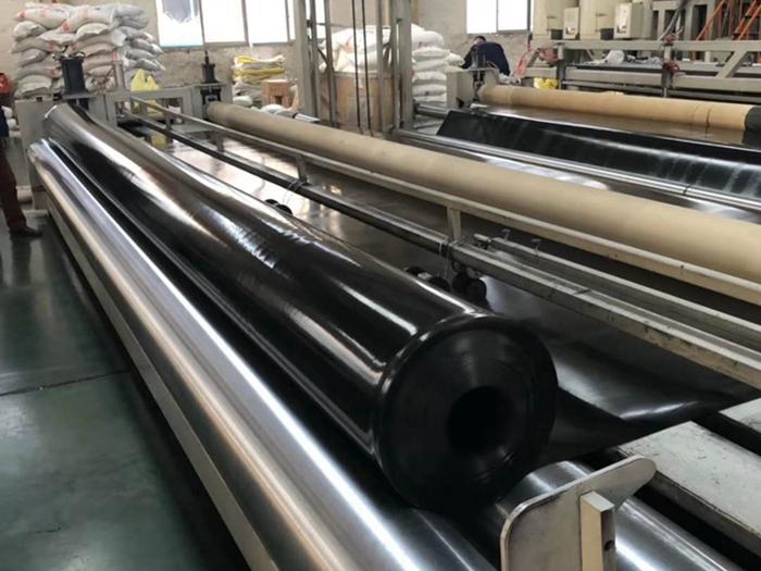 高密度聚乙烯土工膜焊接步骤与注意事项