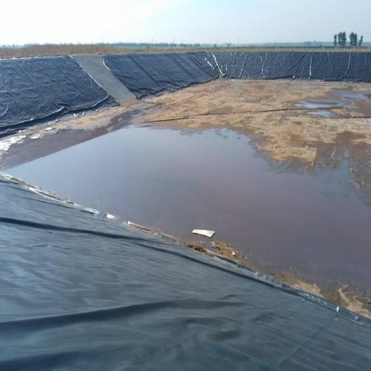 hdpe土工膜卷膜防水套管联接装置