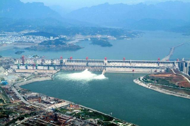 世界水利建筑奇观——三峡水利枢纽工程  第1张