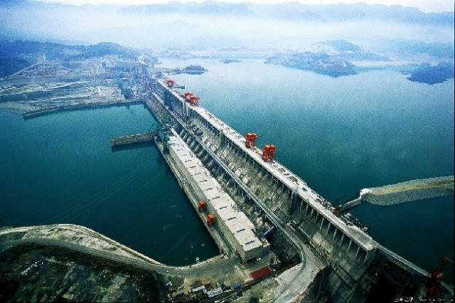 世界水利建筑奇观——三峡水利枢纽工程  第2张