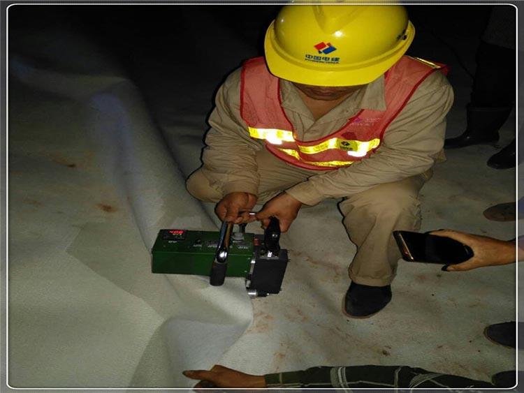复合土工膜在红旗河工程应用 所向披靡  第3张