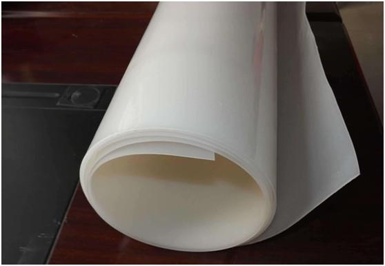 光面土工膜防渗土石坝的渗流分析方法  第2张
