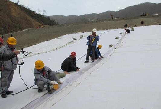 发布可供借鉴的复合土工膜焊接常见问题