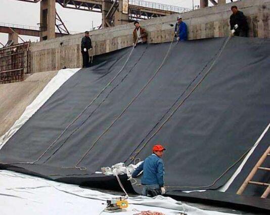 HDPE土工膜的铺设与焊接方法细则及注意事项