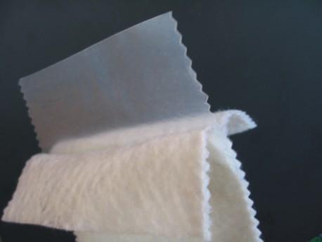 养殖中为什么选择复合土工膜针刺土工布?