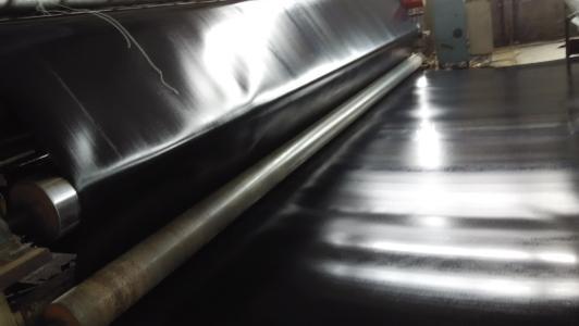 幅宽是土工膜的一个重要指标