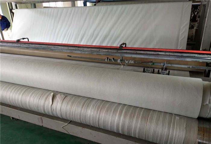 HDPE防渗土工膜采用优质的高密度聚乙树脂
