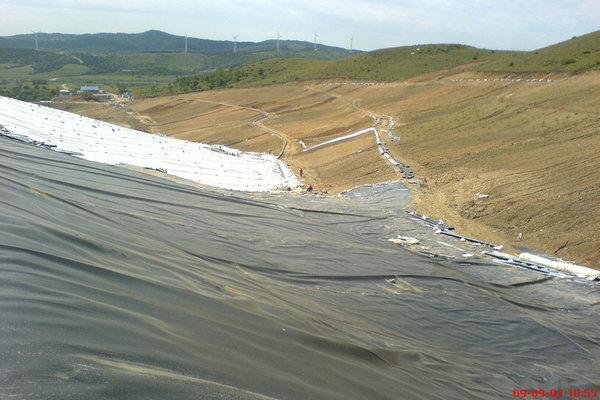 土工膜在填埋场填埋区域临时覆盖要求  第2张