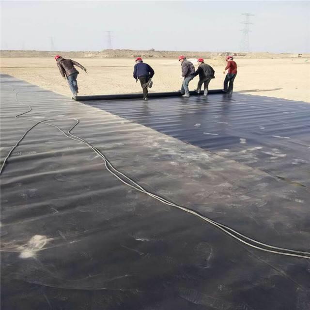 土工膜材料在水利防渗工程的优点