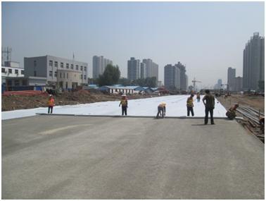 土工膜在屋顶花园、人工湖、河道、蓄水池、高
